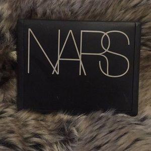 NARS Olympia Bronzer